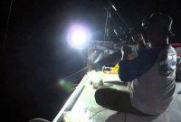 Umpan mancing ikan laut malam hari
